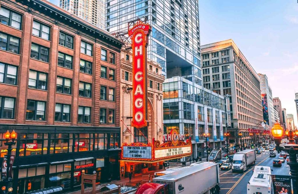 Be sure to add Chicago to your list of USA weekend getaways.