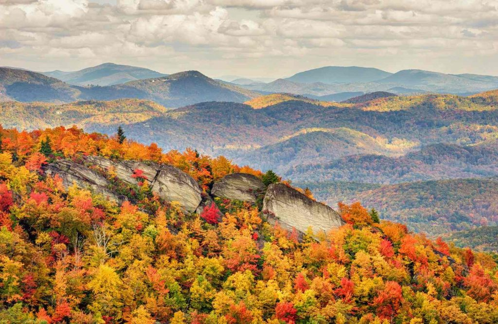 One of the most epic USA fall trips is Grandfather Mountain.