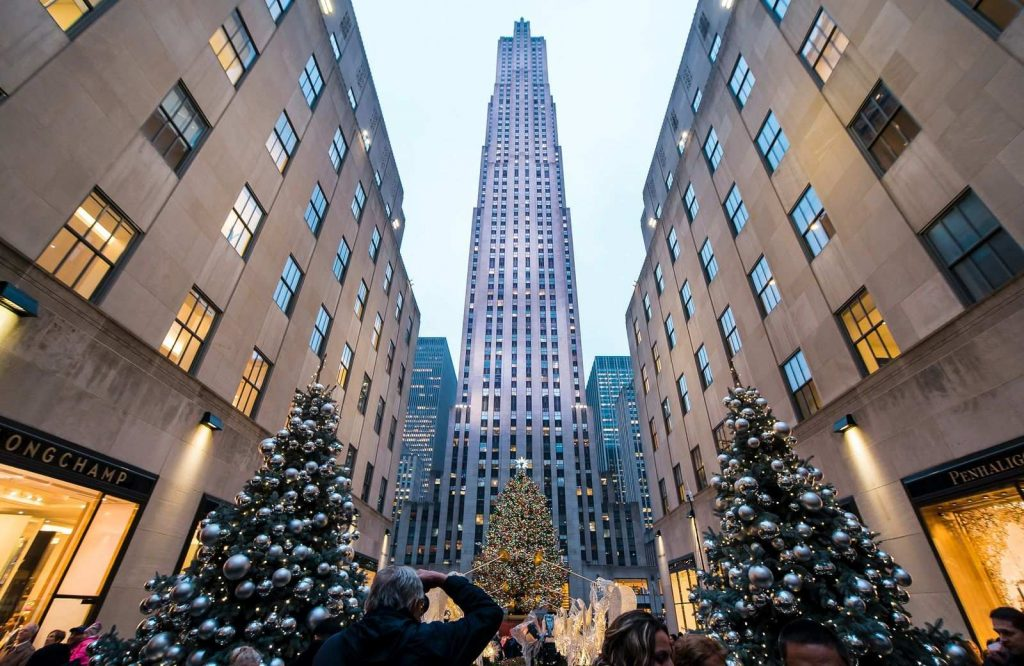 One of the dreamiest USA Christmas destinations is New York City.
