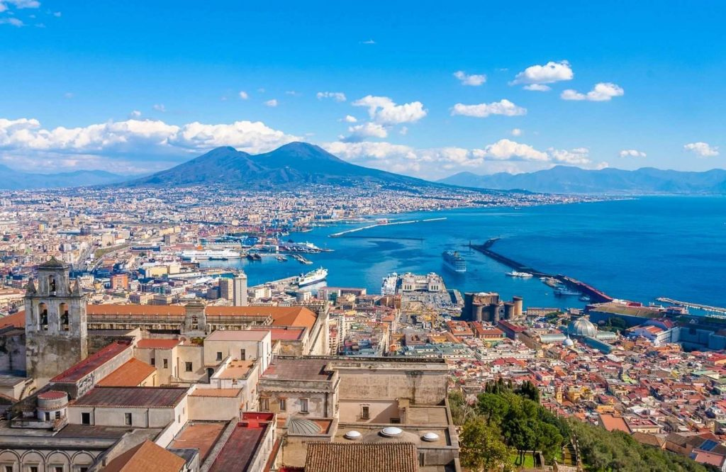 Looking for the prettiest cities in Italy? Be sure to visit Naples!