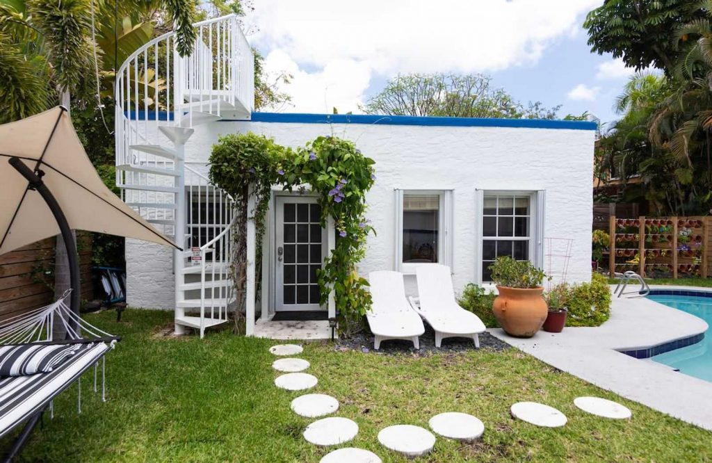 This cottage is one of the cutest Airbnbs in Miami.