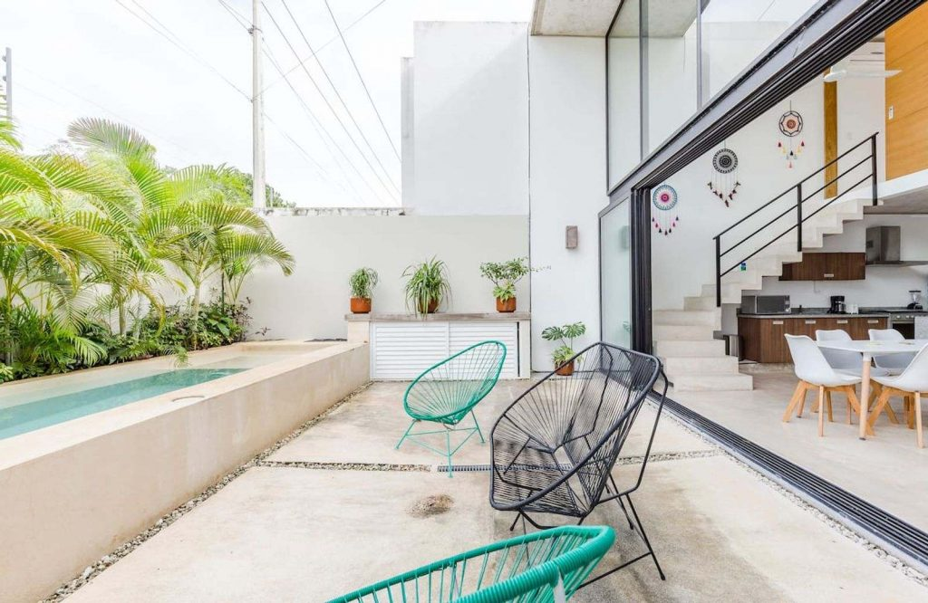 There are so many amazing Airbnbs in Cancun.