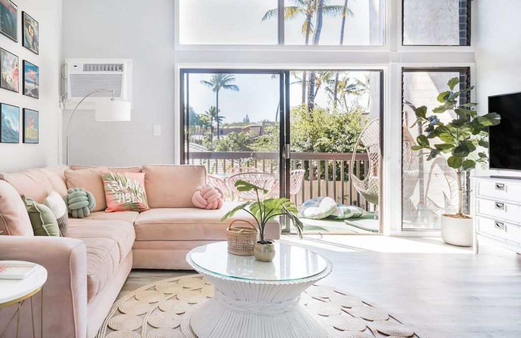 If you're looking for the best Airbnbs in Hawaii, read this post.
