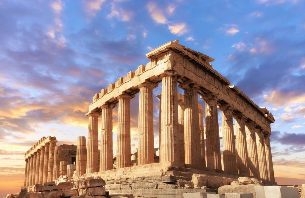 There are several things to know before traveling to Greece.