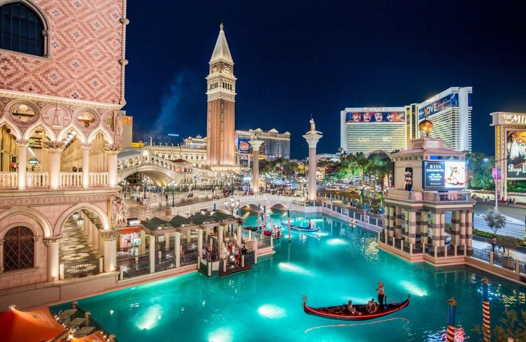 One of the best free things to do in Vegas is to explore the Venetian.