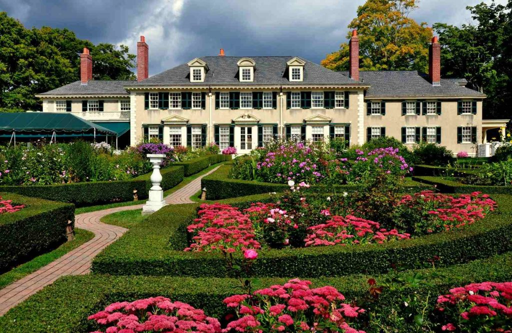 End your Vermont road trip in Manchester.