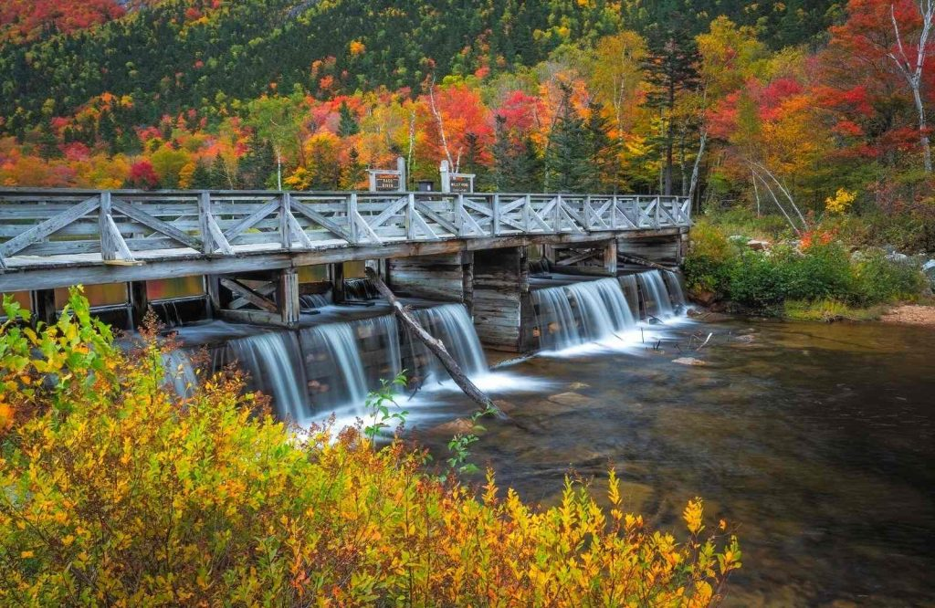 One of the coziest romantic getaways in New England is North Conway, New Hampshire.