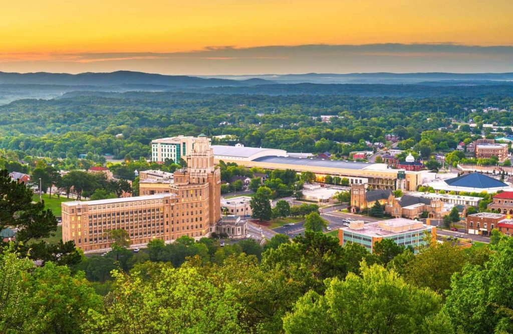 There are several great things to do in Hot Springs, Arkansas so you should consider staying for a few days.
