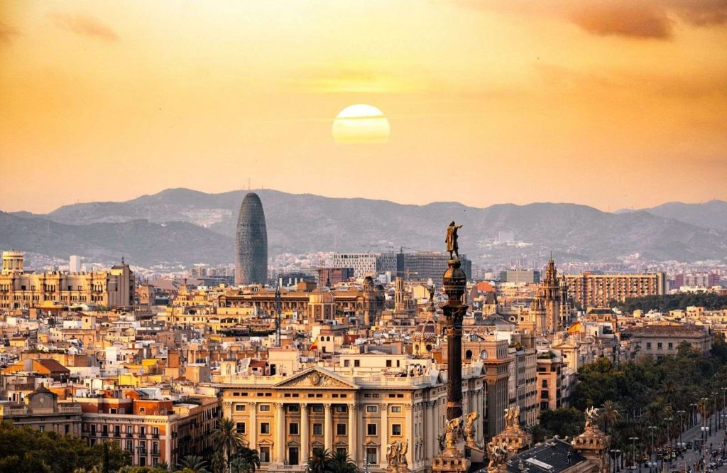 You're guaranteed to have a fun time in Barcelona in 2 days.