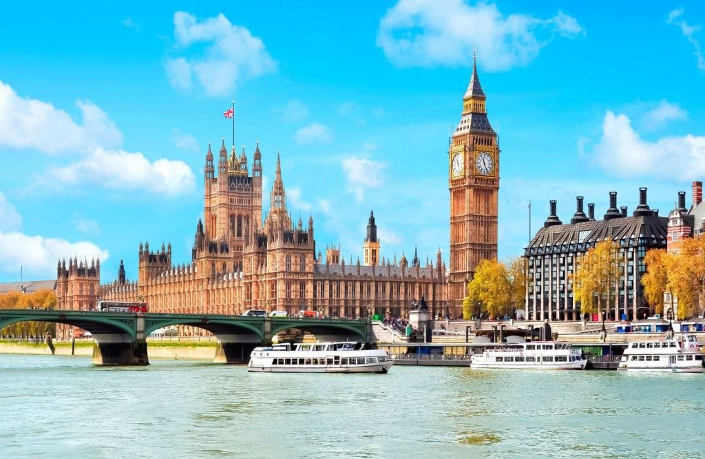 The list of romantic cities in Europe includes London.