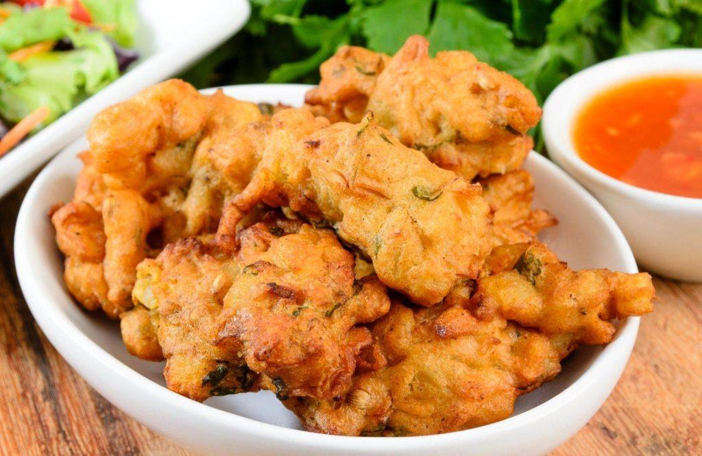 Another Indian street food dish is pakoras.
