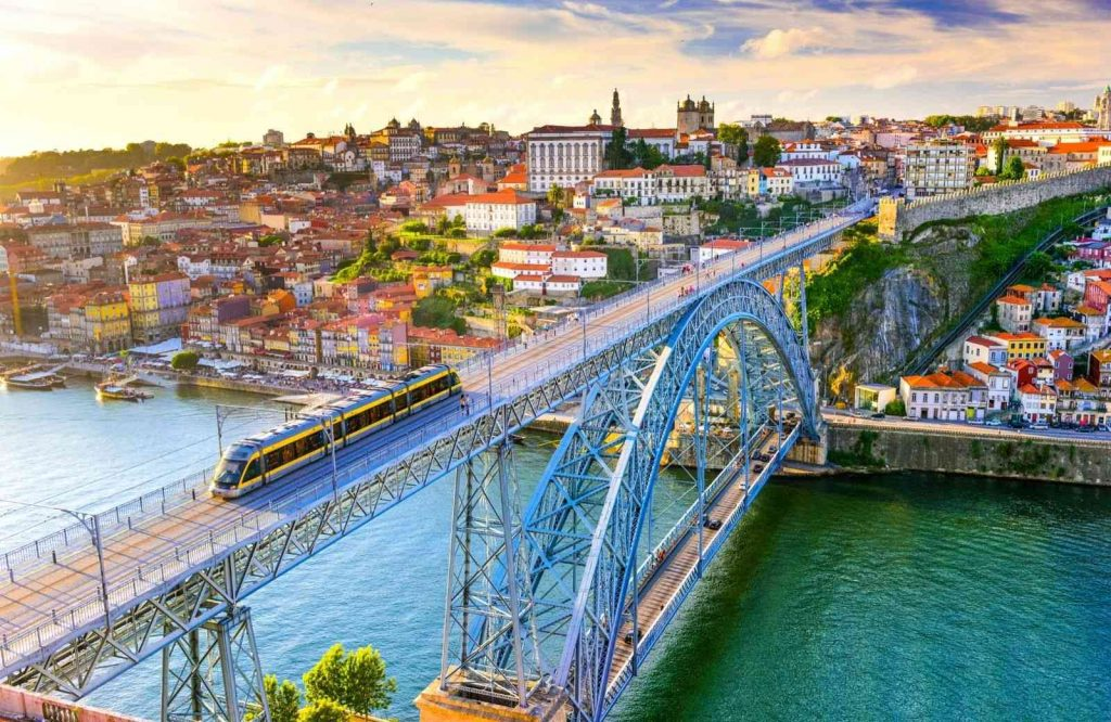 Add Porto to your list of the most romantic cities in Europe.