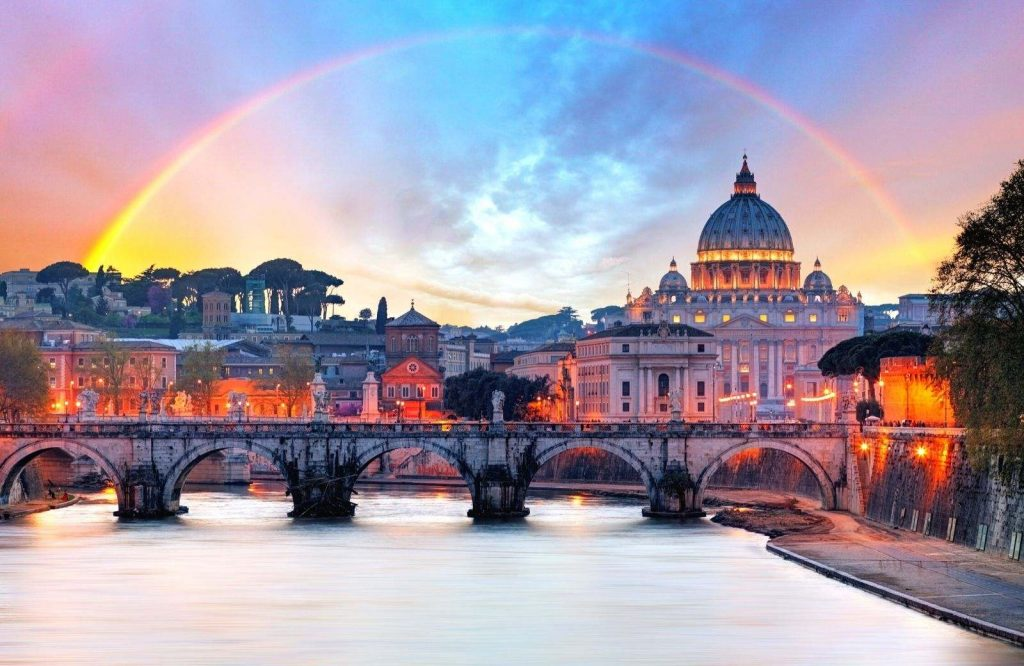 Avoid these scams when visiting the Vatican.
